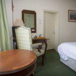 Golf Hotel BedRm6 110416 Ms 483B5678
