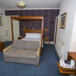 Golf Hotel BedRm7 110416 Ms 483B5704